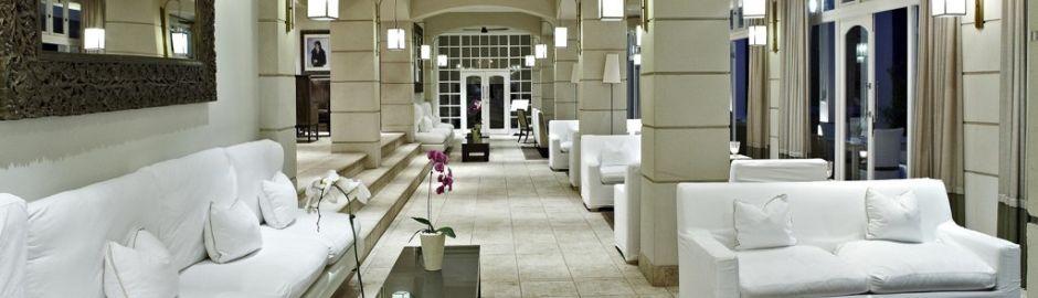 Hotel Reception b