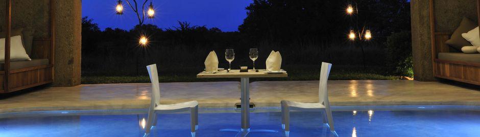 Sabi Sabi Earth Lodge dining in