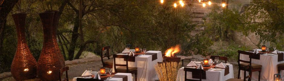 Sabi Sabi Little Bush Camp Dining b top
