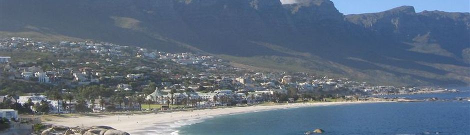 Camps Bay Beach b