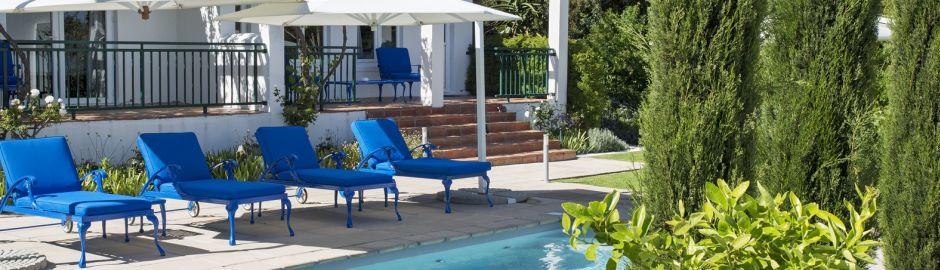 Majeka House Garden Pool b