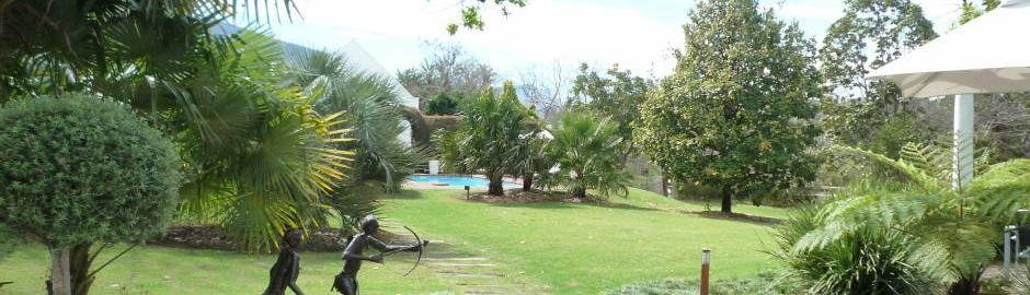 Rothman Manor gardens b
