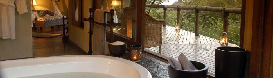 Tuningi Safari Lodge Suite b