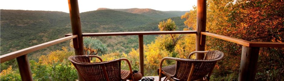 Isibindi Zulu Lodge bedroom ext b