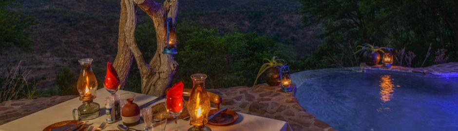 Isibindi Zulu Lodge dining at the pool b