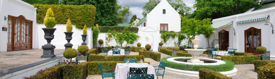 Lanzerac Hotel Courtyard b