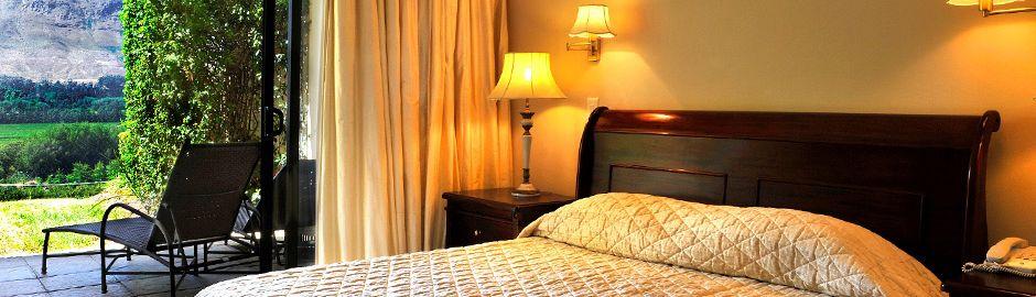 Mont Rochelle Hotel Suite b