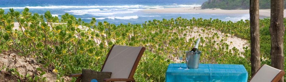Thonga Beach Lodge Deck b