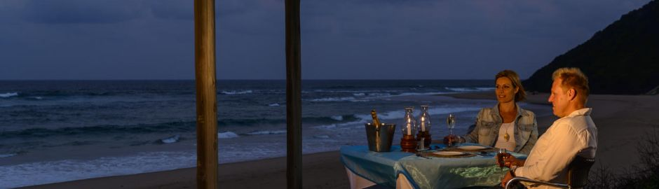 Beach Deck dining b