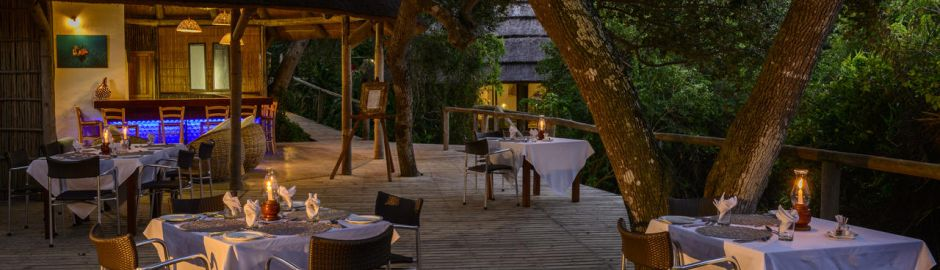 Thonga Beach Lodge Dining b