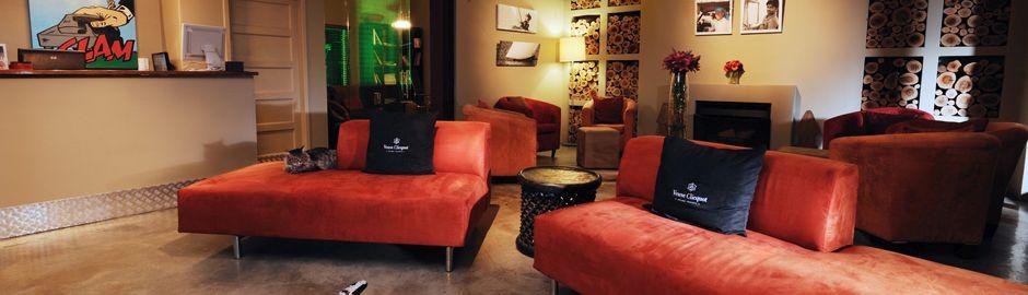 The Peech Hotel Lounge b