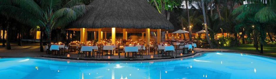 Le Canonnier Mauritius Pool by night