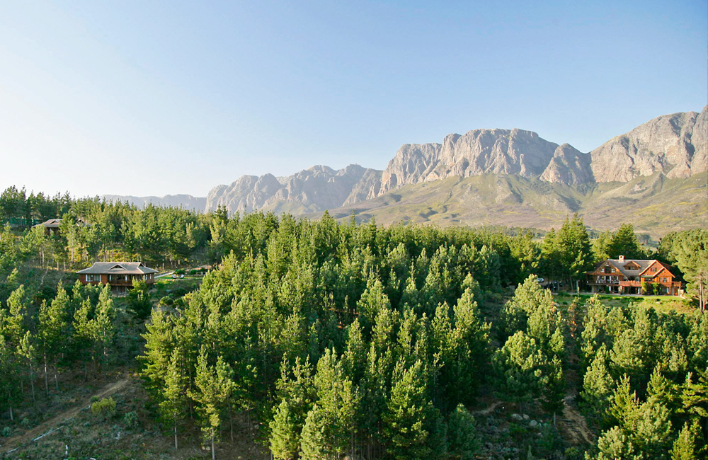 Mountain view from Lalapanzi Lodge